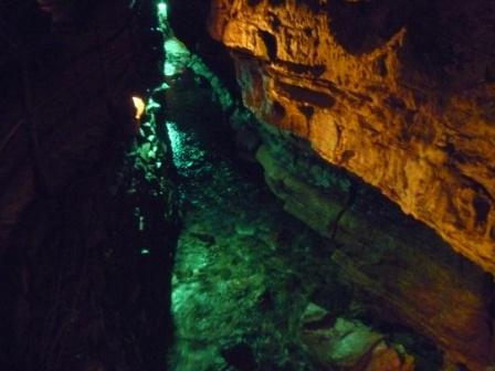 Deep6HoweCaverns